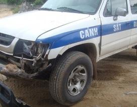 """Bất tuân hiệu lệnh, """"quái xế"""" lao thẳng xe vào CSGT hòng bỏ trốn"""