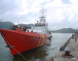 Đưa tàu đi cứu ngư dân bị lên cơn co giật bất ngờ