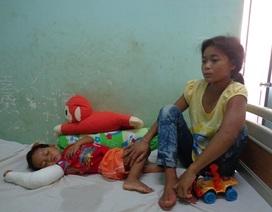 Bố mẹ và em út bị cây đổ đè tử vong, 5 con thơ không nơi nương tựa
