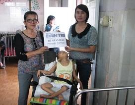 Tặng quà đến bé Nhân Hậu nhân ngày quốc tế thiếu nhi