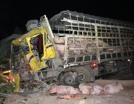 Xe tải nát đầu sau tai nạn, 1 người chết, 3 người bị thương