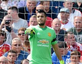 Hàng loạt pha cứu thua ấn tượng của Sergio Romero ở trận MU-Tottenham