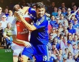 Những tình huống Diego Costa xứng đáng nhận thẻ đỏ