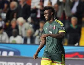 Balotelli lập siêu phẩm giúp AC Milan thắng Udinese