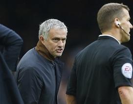 """Mourinho sẽ chỉ đạo Chelsea ở """"trận chiến sinh tử"""" với Liverpool"""