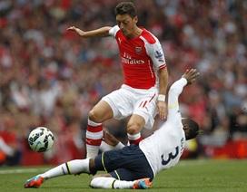 Mesut Ozil lập kỷ lục khó tin ở Premier League