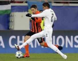 Real Madrid méo mặt sau chiến thắng ở Champions League