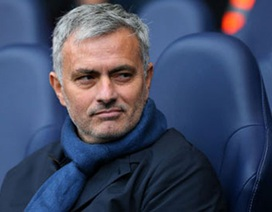 Siêu cò Jorge Mendes bất ngờ phủ nhận tin Mourinho về MU