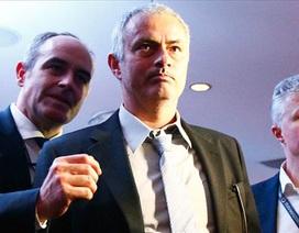 Mourinho phá vỡ sự im lặng sau khi bị sa thải