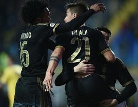 Hàng thải Chelsea lập công, Juventus thắng trận 14 liên tiếp
