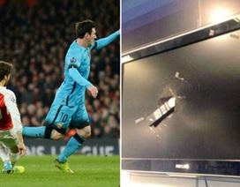 Điên tiết với Flamini, CĐV Arsenal đập vỡ tivi