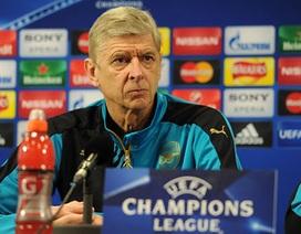 "HLV Wenger: ""Arsenal thua Barcelona do quá ngây thơ"""