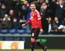 """Van Gaal nổi điên với """"tội đồ"""" Juan Mata"""
