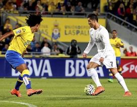 """Cuộc đua chiếc giày vàng châu Âu: """"Thổi lửa vào gáy"""" C.Ronaldo"""