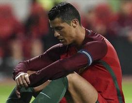 C.Ronaldo cũng run rẩy trên chấm phạt đền