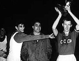 """Lịch sử Euro 1960: """"Nhện đen"""" chắp cánh Liên Xô"""
