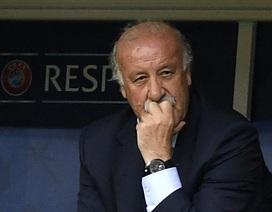 HLV Del Bosque không từ chức sau thất bại trước Italia