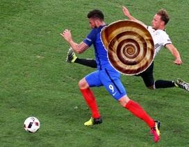 Schweinsteiger, Giroud trở thành trò cười trên mạng xã hội