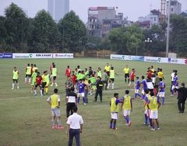 Cầu thủ U19 Đông Timor thẳng tay tát cầu thủ U19 Malaysia