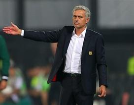 """Mourinho đang dần… """"hết phép"""""""