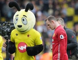 Mourinho cần sự cứng rắn của Pep Guardiola để giải quyết vụ Rooney