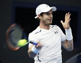 Andy Murray bị nữ phục vụ phòng sàm sỡ trong khi ngủ