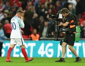 """Wayne Rooney giờ chỉ còn là """"bóng ma vật vờ""""?"""