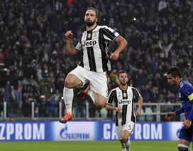 """Juventus 1-1 Lyon: """"Bà đầm già"""" chưa thể đi tiếp"""