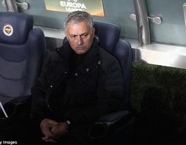HLV Mourinho nổi điên với thái độ của các học trò