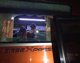 Xe bus chở đội tuyển Indonesia bị tấn công ở Hà Nội