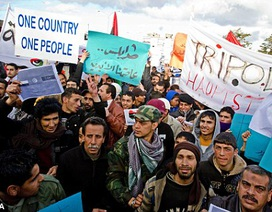 Người biểu tình Libya xông vào Quốc hội phản đối danh sách đề cử nội các