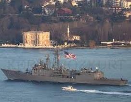 Tàu chiến Mỹ rẽ sóng tới Biển Đen