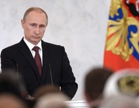 """Tỷ lệ ủng hộ Putin """"lập đỉnh"""" 5 năm"""