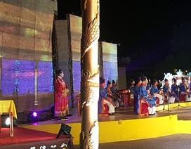 """Hoàng Cung Huế bỗng """"sống"""" lại trong đêm"""