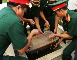 Truy điệu, an táng 50 hài cốt liệt sĩ hy sinh ở Lào