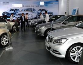 Mua ô tô sang né thuế: khách mất đống tiền, dân buôn trúng lớn