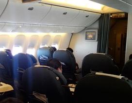 Ca sỹ Lệ Quyên bị phạt vì cho con tè vào túi nôn trên máy bay