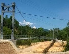"""Vụ """"cầu treo phục vụ 2 hộ dân"""": Bộ GTVT khẳng định xây cầu là cần thiết!"""