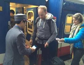 Mách cách kiểm tra vé để không phải... khóc ở ga tàu