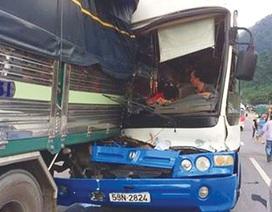 Bộ trưởng Giao thông gửi thư khen tài xế cứu xe khách khỏi tai nạn thảm khốc