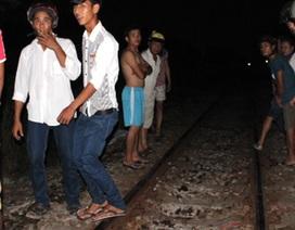 Chết thảm dưới bánh tàu hỏa vì đi vệ sinh trên đường ray