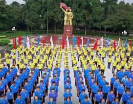 """5.000 đoàn viên hát Quốc ca tại những """"điểm đỏ"""" lịch sử"""