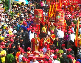Đảm bảo an toàn cho hàng triệu du khách tại lễ hội Chùa Bà