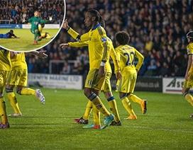 League Cup: Chelsea thắng chật vật đối thủ hạng Ba