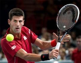 Federer, Djokovic song hành vào tứ kết