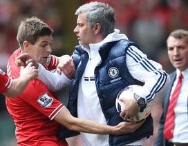 """Jose Mourinho: """"Có những kẻ cố tỏ ra thông minh"""""""