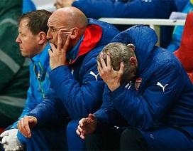 Swansea mất có ba phút để kết liễu Arsenal