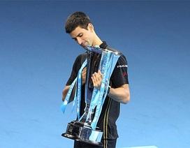 Federer bỏ cuộc, Djokovic vô địch ATP World Tour Finals