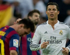 """Wenger: """"C.Ronaldo đang khiến Messi tổn thương"""""""