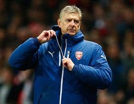 Wenger phát bực vì sự ngây thơ của Arsenal
